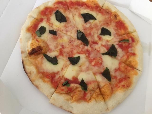 カプリチョーザ ピザ